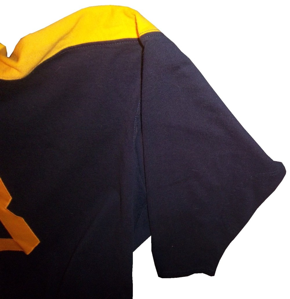 3-canadeo-lsleeve