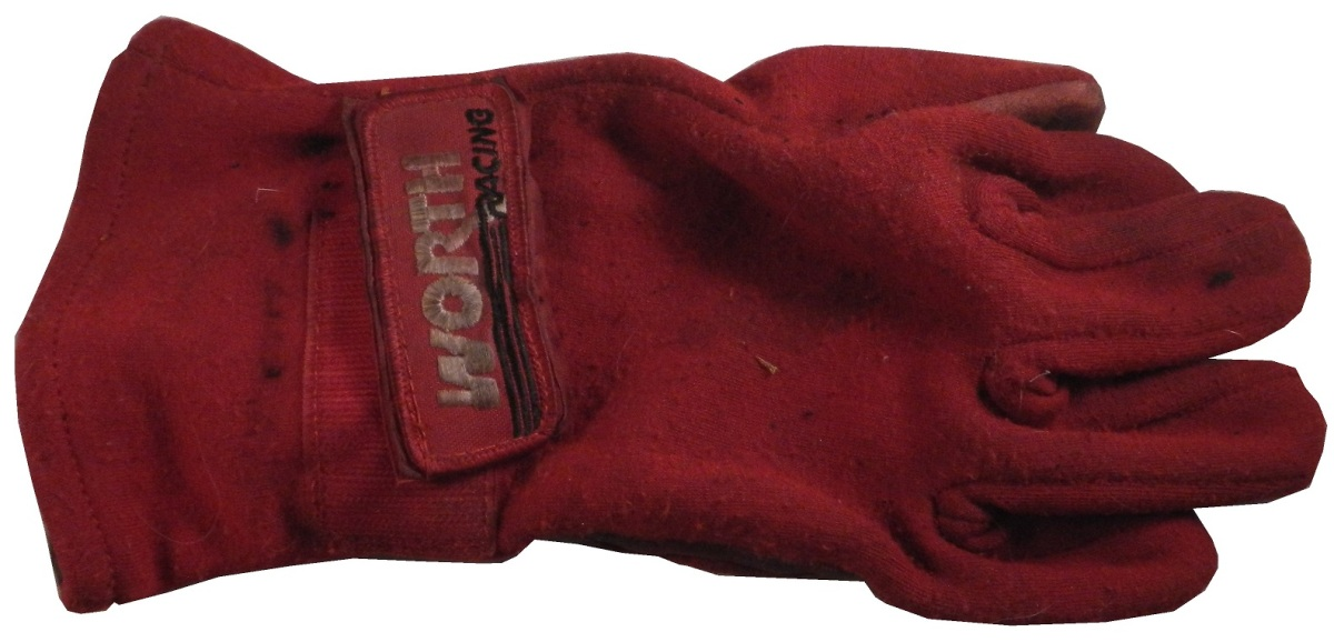 jones-gloves-2