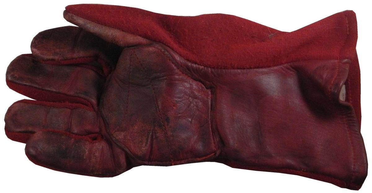 jones-gloves-3