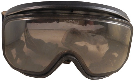 jones-goggles2-1